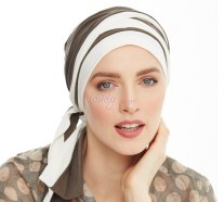 Two-coloured headscarf cod. E-8048